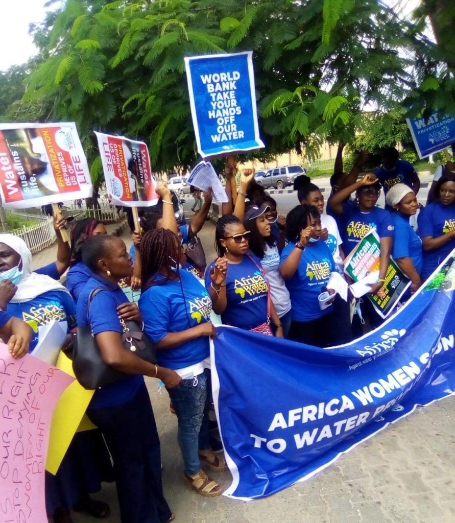 How women group protested against water privatization in Lagos